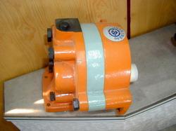Y-2P9239推土机专用齿轮泵